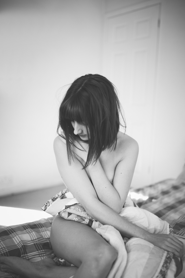Change your body confidence with Alexandra Cameron Photography. A lesson in feeling comfortable in the skin you're in.