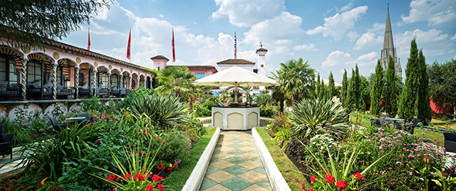 Wonderful You Blogger reviews The Roof Gardens in Kensington London