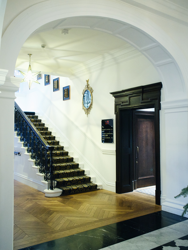 The-Lalit-London-Luxury-Boutique-Hotel